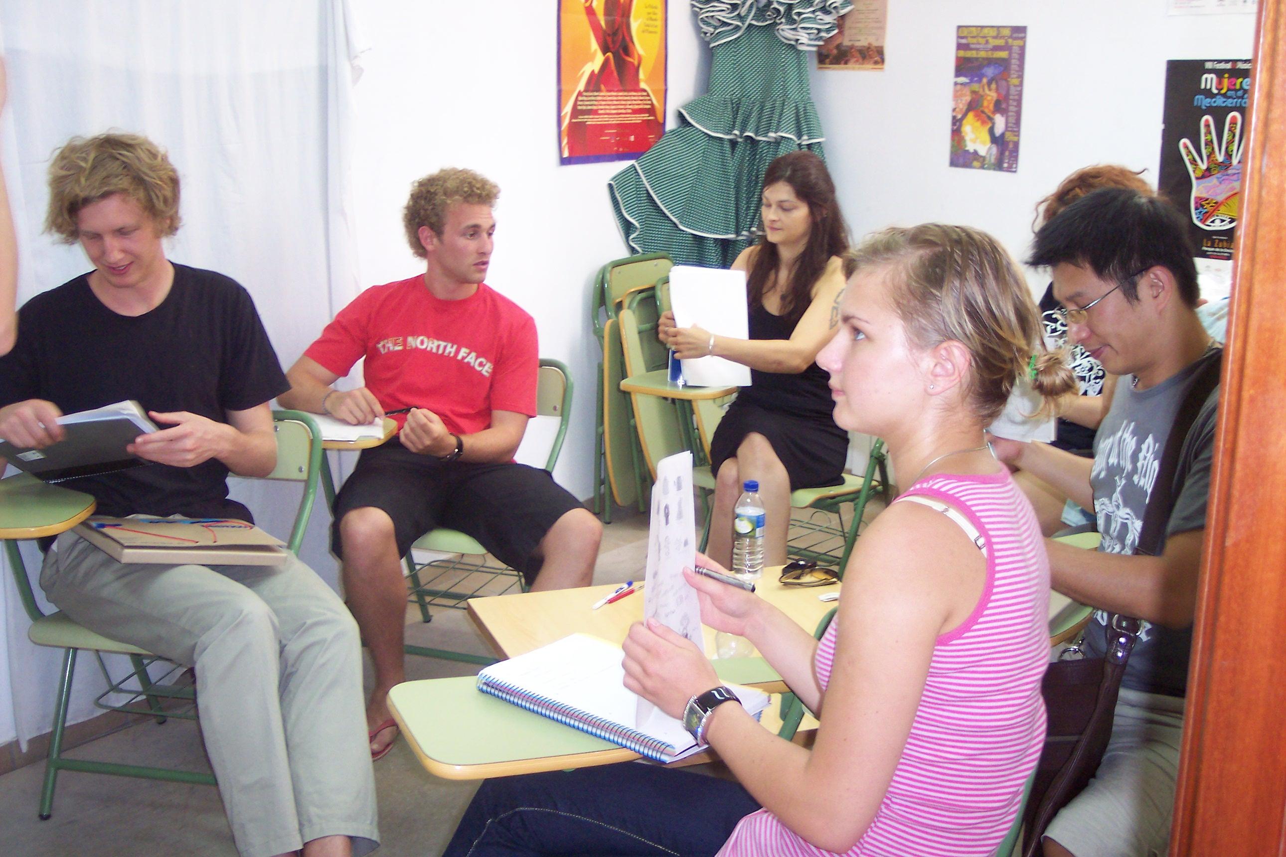 Course Spanish in Granada Plaza Nueva